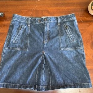 Womens gap Denim Skirt size 14